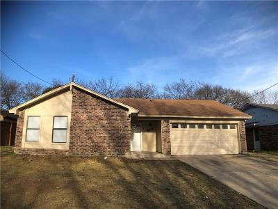 Grand Prairie Single Family Home For Sale: 806 Sanders Street