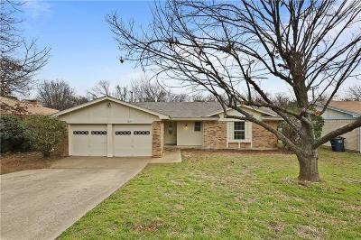 Fort Worth Single Family Home For Sale: 1025 Blue Carriage Lane N