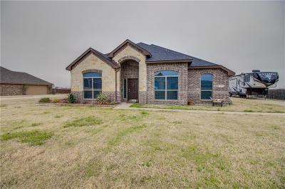 Waxahachie Single Family Home For Sale: 154 Chazlynn Court