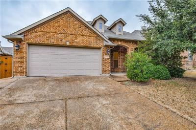 Fort Worth Single Family Home For Sale: 15733 Bent Rose Way