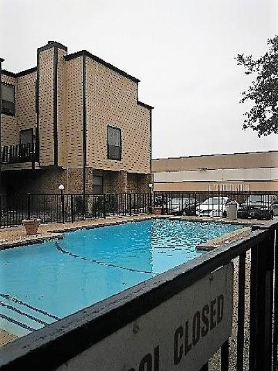 Dallas Condo For Sale: 3022 Forest Lane #116