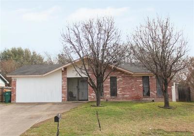 Cedar Hill Single Family Home For Sale: 1223 Neptune Drive