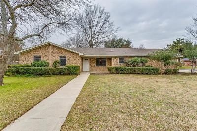 North Richland Hills Single Family Home For Sale: 7025 Stoneridge Drive
