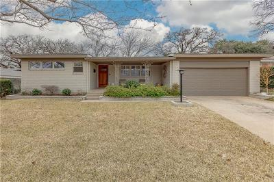 Arlington Single Family Home Active Option Contract: 1504 Westcrest Drive