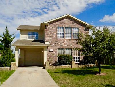 Forest Hill TX Single Family Home For Sale: $167,500