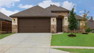 Fort Worth Single Family Home For Sale: 5433 Strong Stead Drive