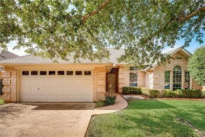 North Richland Hills Single Family Home For Sale: 7009 Leaning Oak Drive