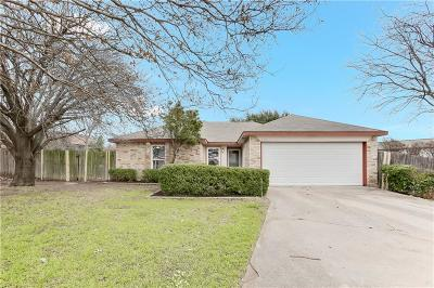 Fort Worth TX Single Family Home For Sale: $177,000