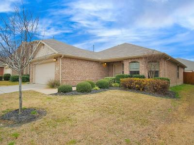 Mckinney Single Family Home For Sale: 5813 Lodgestone Drive