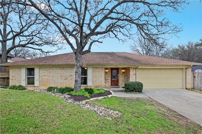 Hurst, Euless, Bedford Single Family Home For Sale: 1707 Post Oak Drive