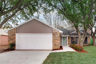 Arlington Single Family Home For Sale: 3301 Wintersmith Drive