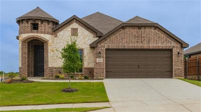 Fort Worth TX Single Family Home For Sale: $287,507