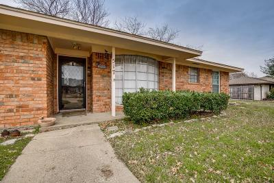 Garland Single Family Home For Sale: 517 Mayfield Avenue