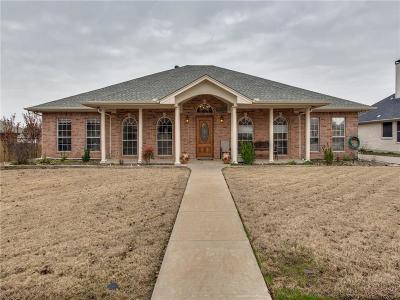 Denton County Single Family Home For Sale: 503 Hillcrest Lane