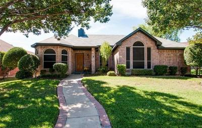 Lewisville Single Family Home For Sale: 1614 Glenmore Drive