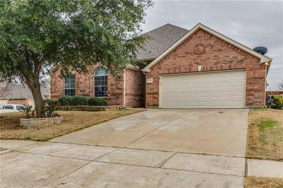 Mansfield Single Family Home For Sale: 4412 Meadow Knoll Lane