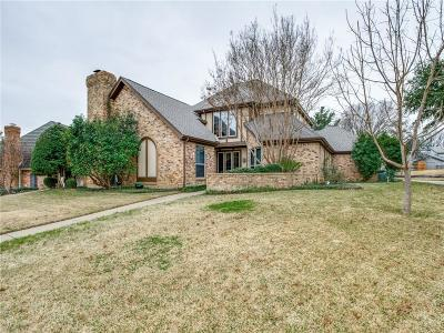 Hurst, Euless, Bedford Single Family Home For Sale: 3705 Hillwood Way