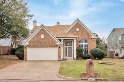 North Richland Hills Single Family Home For Sale: 6860 Dogwood Court