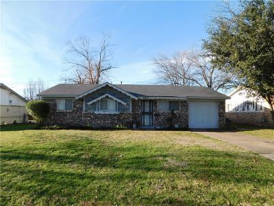 Haltom City Single Family Home For Sale: 4305 Stanley Keller Road