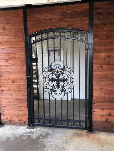 Dallas Condo For Sale: 5550 Spring Valley Road #25