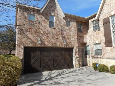 Tarrant County Townhouse For Sale: 5004 Venecia Way