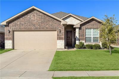 Fort Worth Single Family Home For Sale: 4948 Caraway Drive
