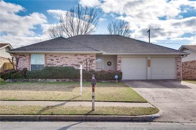 Watauga Single Family Home For Sale: 6540 Stardust Drive S