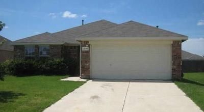 Single Family Home For Sale: 1236 Round Pen Run