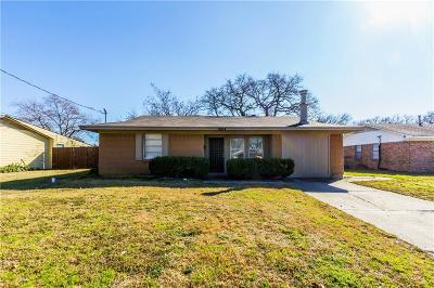 Mesquite Single Family Home For Sale: 1604 Edgemont Drive