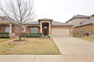Fort Worth Single Family Home For Sale: 1417 Zanna Grace Way