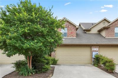 Lewisville Townhouse For Sale: 118 Barrington Lane