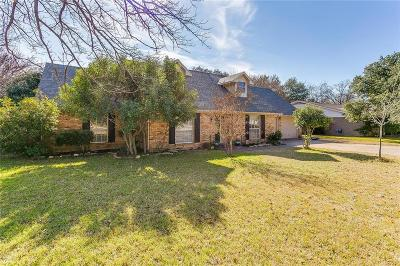 Fort Worth Single Family Home For Sale: 3613 Glenmont Drive