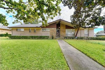 Farmers Branch Single Family Home For Sale: 3904 Crestpark Drive