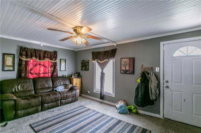 White Settlement Single Family Home For Sale: 691 Meadow Park Drive