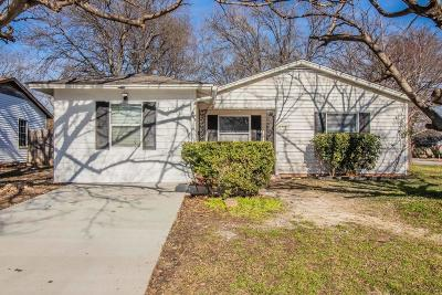 Arlington Single Family Home For Sale: 1713 Dale Drive