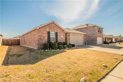 Fort Worth Single Family Home For Sale: 8912 Puerto Vista Drive