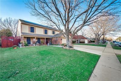 Grand Prairie Single Family Home For Sale: 4151 Hathaway Drive