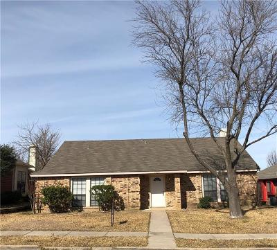 Mesquite Single Family Home For Sale: 2025 Meadowbrook Drive
