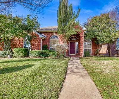 Cedar Hill Single Family Home For Sale: 1043 Hampshire Lane