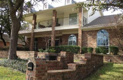 Fort Worth Single Family Home For Sale: 16 Harbour Point Circle