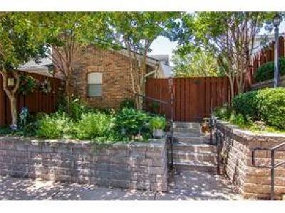 Tarrant County Condo For Sale: 2547 Shady Ridge Drive
