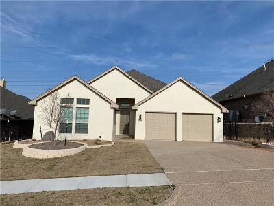 Tarrant County Single Family Home For Sale: 10904 Prestwick Terrace