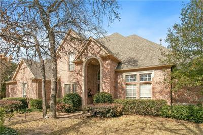 Denton Single Family Home For Sale: 7 Royal Oaks Circle