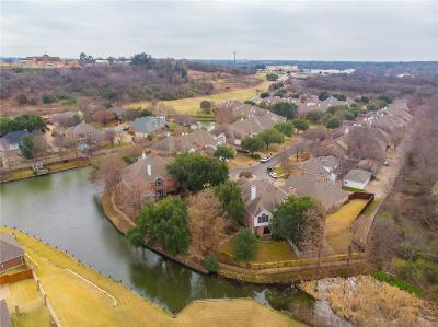 Tarrant County Townhouse For Sale: 634 Lochngreen Trail
