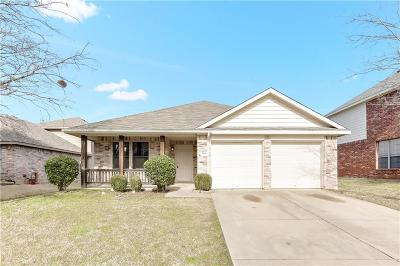 Grand Prairie Single Family Home For Sale: 5968 Waterford Drive