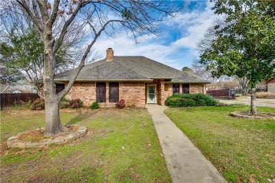 Colleyville Single Family Home For Sale: 108 W Oak Valley Drive