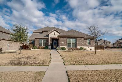 Midlothian Single Family Home For Sale: 5634 Paradise Drive