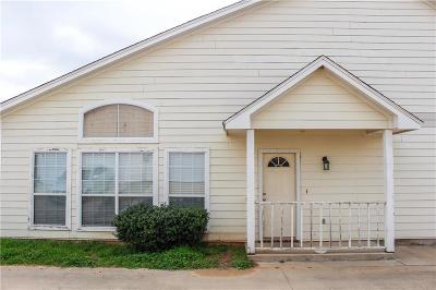 Springtown Townhouse For Sale: 256 Firefly Drive