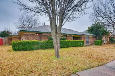 Garland Single Family Home For Sale: 106 Willowcrest Drive