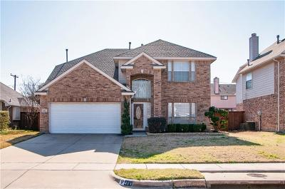 Grand Prairie Single Family Home Active Option Contract: 411 Lindsey Lane